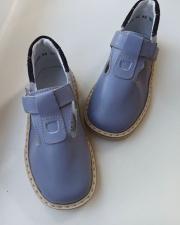 Levandiniai sandaliukai