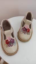 Latte sandaliukai su spalvotomis gėlytėmis