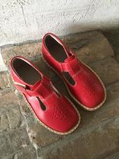 Red sandaliukai