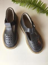 Grey sandaliukai