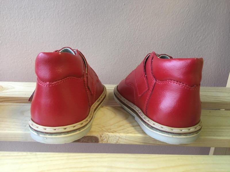 Raudoni Batukai