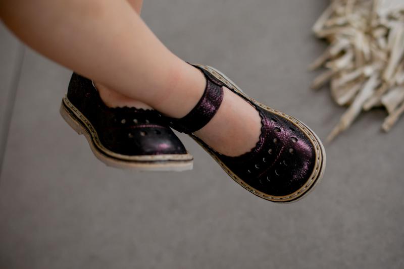 Baklažano spalvos sandaliukai su perlamutru 18-28