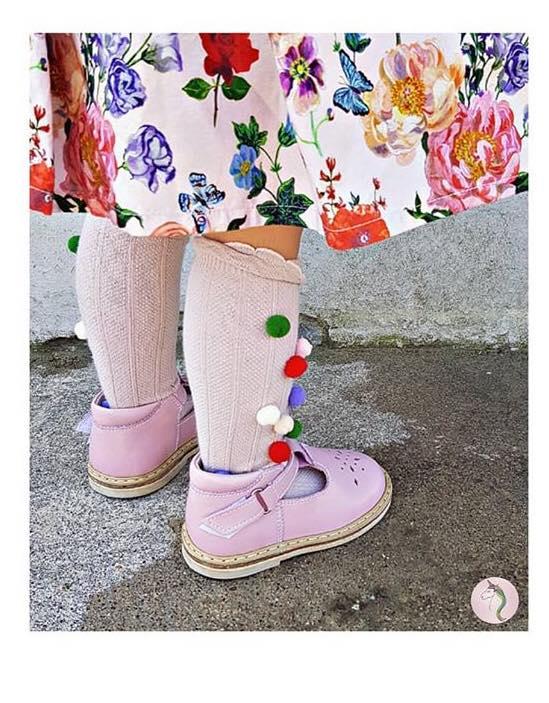 Rose sandaliukai